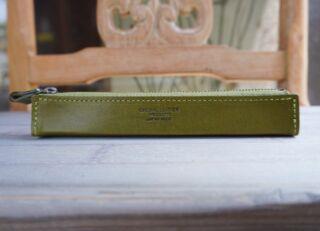 【小名浜テラスハウス】インテリアショップMiacasa   父の日プレゼントに🕊🌿  made in Japan ペンケース✨  3色ございます🎨  いつもありがとうの気持ちを込めて🖌  6/10(木)11:30 〜open🐇🐿🦔  お気に入りの雑貨で生活に彩りを♫ 気になるものがございましたらお取り置きが可能です。 お気軽にInstagramDMよりご連絡ください  ------------------------------  インテリアショップMia Casa   ミアカーサ ☞ @miacasa_concept 6/10 11:30〜open  ------------------------------  #miacasa_concept #インテリアショップMiaCasa #福島#iwaki #いわき市カフェ #いわき市  #父の日プレゼント #madeinjapan  #インテリア#アンティーク家具 #アンティーク雑貨 #ベビー雑貨販売中  #アンティークショップ #ビンテージ雑貨ショップ  #雑貨好きと繋がりたい #暮らしを楽しむ #おうち時間 #イタリア家具 #オーダー家具 #小名浜テラスハウス