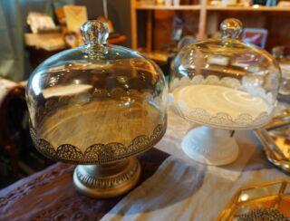 【小名浜テラスハウス】インテリアショップMiacasa   ディスプレイドーム🕊🌿 ガラス製のガラスドーム•ガラスケース。 インテリアのアクセントやディスプレイに人気です🌷 ¥5280(台座付)  先日、手作りのお菓子を飾るのと購入されたお客様がいらっしゃいました🧁🍰🍪✨  ありがとうございました☺️🍀  かわいい雑貨で生活に彩りを♫  気になるものがございましたらお取り置きが可能です。 お気軽にInstagramDMよりご連絡ください  ------------------------------  インテリアショップMia Casa   ミアカーサ ☞ @miacasa_concept 本日open しています🍄 OPEN日はInstagramでお知らせします  ------------------------------